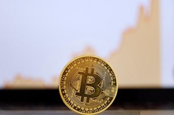 Bitcoinstock3.jpg